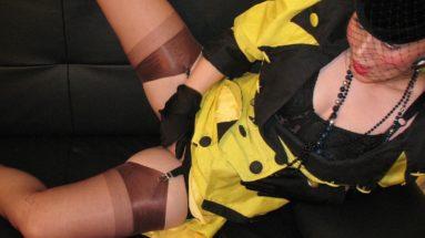 Glamouroes gekleidete Not geile Dame - RDL - FullyClothedSex