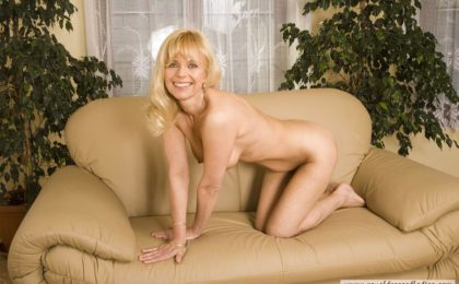 Blonde Milf Masturbation Spiele - RDL - Mature Fetisch Sex Action