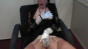 Ein geiles Warteraum geficke - RDL - Voll bekleideter Fetisch Sex