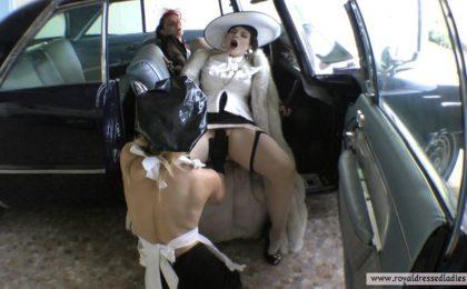 Lesbians fuck in classic cars Part 3 - RDL - Lesben ficken in Oldtimern
