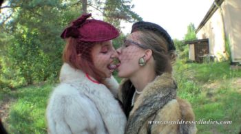 Horny groping fur bitches outdoors Part 2 - RDL - Lesben Pelz Fetisch