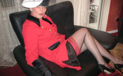 Milf smokes in red nylons - RDL - Fully clothed Smoking Fetich Sex